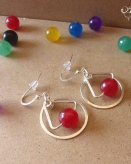 Boucles d'oreilles faites à la main en jade rouge et plaqué argent de la collection Astro