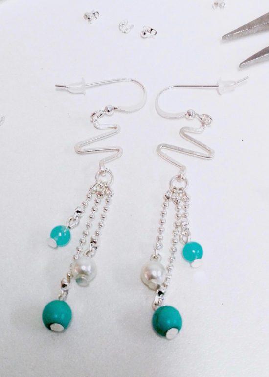 Boucles d'oreilles Electro et perles turquoise faitesmain par Annamorfoz