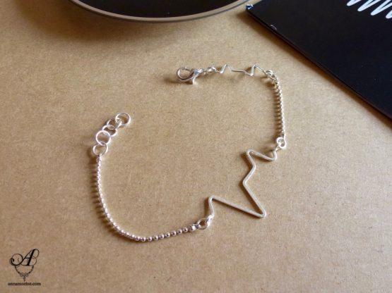 Bracelet Electro fait main en plaqué argent par Annamorfoz
