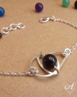 bracelet graphique en onyx noir fait main par Annamorfoz
