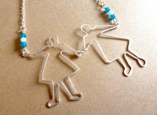 Collier couple et perles bleues fait main par Annamorfoz