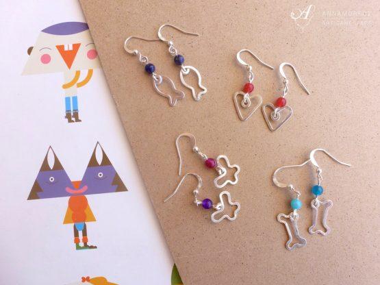 Boucles d'oreilles colorées en forme d'animaux et symboles pour enfants (mais pas seulement !) par Annamorfoz