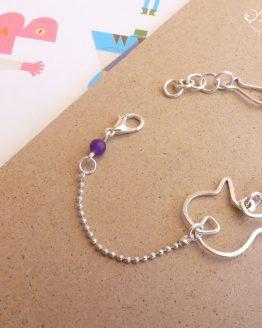 Bracelet chat en plaqué argent et perles mauve, violet et bleu vert; bijou artisanal par Annamorfoz