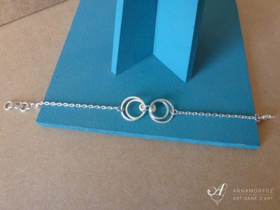 bracelet cercles ronds plaqué argent boucles d'oreilles perspective par Annamorfoz