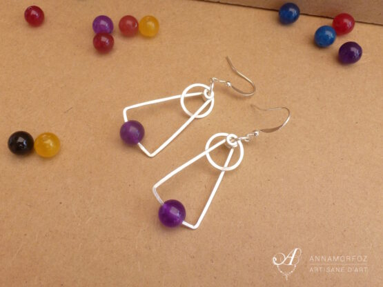 boucles d'oreilles en jade violet géométriques