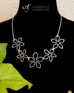 collier fleurs tropicales argenté fait main