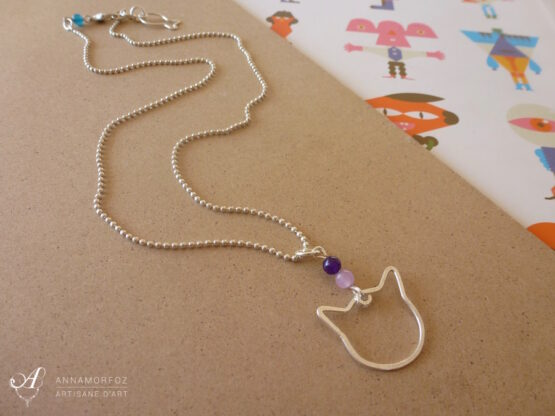 collier chat violet mauve fait main